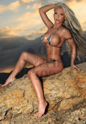 Cybele escort girls in Miami Springs Florida